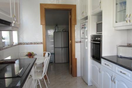 Image 5, 4 Bedroomed Apartment : AA269