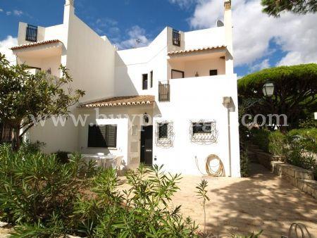 Image 1, 3 Bedroomed Villa : DV6121