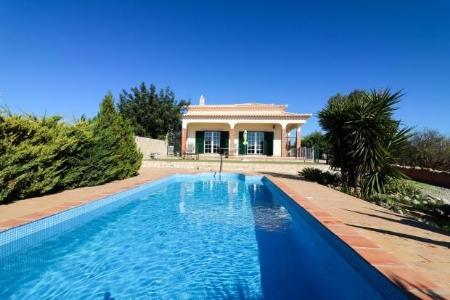 Image 1, 4 Bedroomed Villa : JV1742