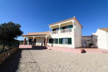Image 2, 4 Bedroomed Villa : JV1742