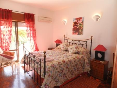 Image 8, 4 Bedroomed Apartment : GA252