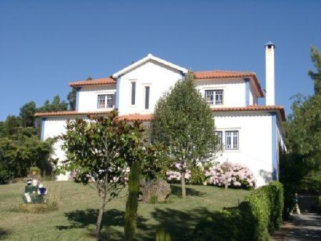 Image 1, 6 Bedroomed Villa : AV515