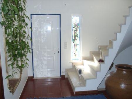 Image 3, 6 Bedroomed Villa : AV515