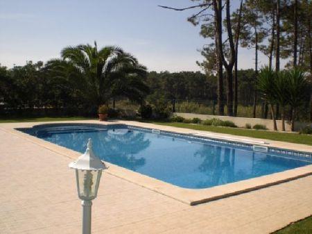 Image 2, 3 Bedroomed Villa : AV678
