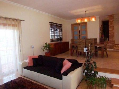 Image 3, 3 Bedroomed Villa : AV672