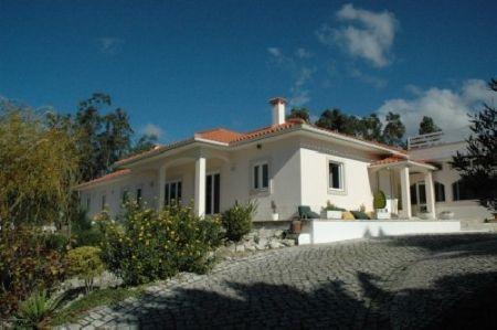 Image 1, 5 Bedroomed Villa : AV181