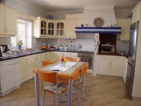Image 4, 5 Bedroomed Villa : AV181