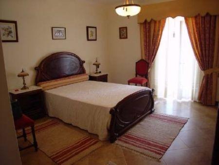 Image 5, 5 Bedroomed Villa : AV181