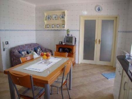 Image 8, 5 Bedroomed Villa : AV181