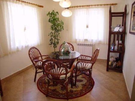 Image 9, 5 Bedroomed Villa : AV181