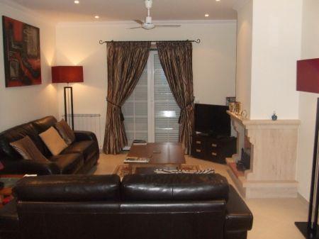 Image 7, 3 Bedroomed Villa : AV1018