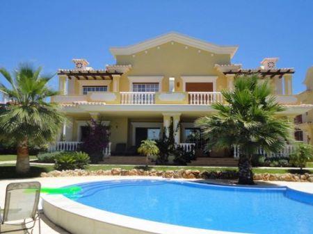 Image 2, 3 Bedroomed Villa : KV1981236