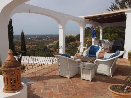 Image 2, 3 Bedroomed Villa : LV3838