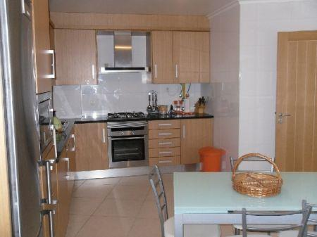 Image 4, 3 Bedroomed Apartment : AA126