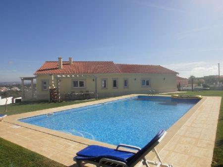Image 3, 5 Bedroomed Villa : AV870