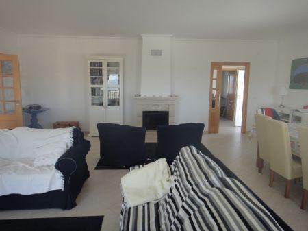Image 4, 5 Bedroomed Villa : AV870