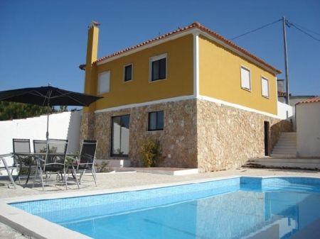 Image 1, 3 Bedroomed Villa : AV923