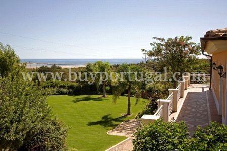 Image 2, 6 Bedroomed Villa : GV208