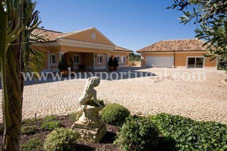 Image 12, 6 Bedroomed Villa : GV208