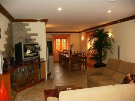 Image 4, 3 Bedroomed Villa : AV1031