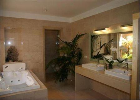 Image 8, 8 Bedroomed Villa : GV186