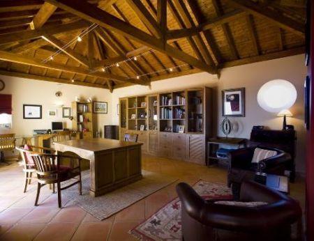 Image 12, 6 Bedroomed Villa : GV056