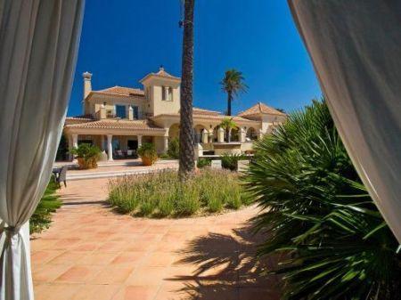 Image 13, 6 Bedroomed Villa : GV056