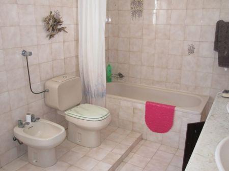 Image 13, 6 Bedroomed Villa : AV1068