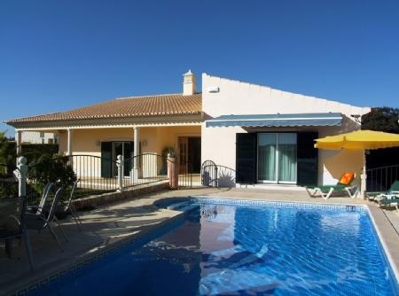 Image 1, 4 Bedroomed Villa : CV1166