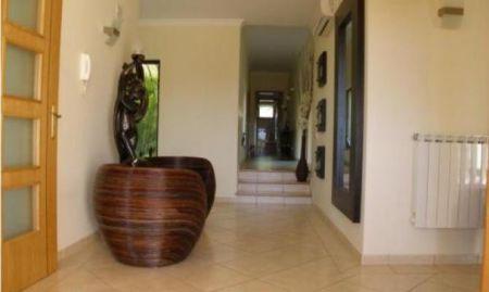 Image 8, 4 Bedroomed Villa : CV1166