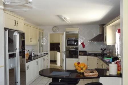 Image 3, 4 Bedroomed Villa : JV1547