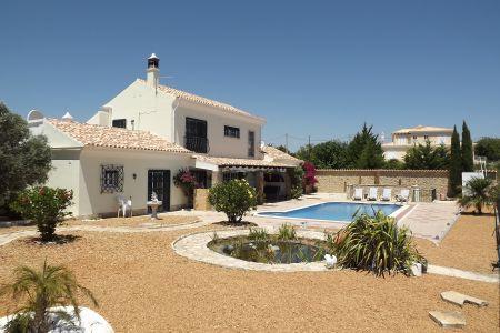 Image 5, 4 Bedroomed Villa : JV1547