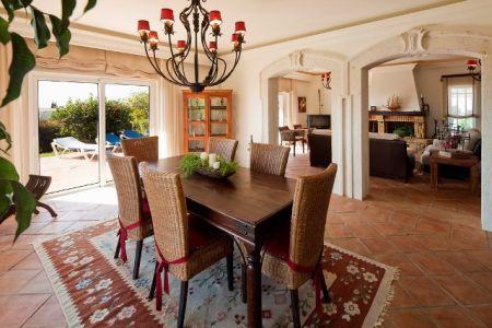 Image 2, 4 Bedroomed Villa : GV286