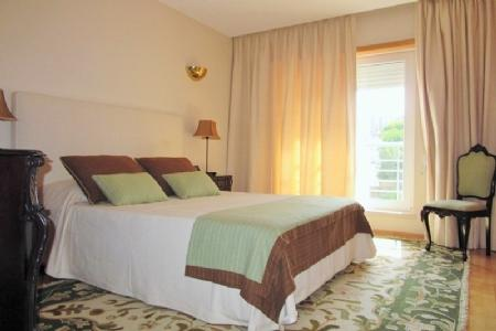 Image 14, 3 Bedroomed Apartment : AA158