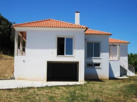 Image 1, 3 Bedroomed Villa : AV1148