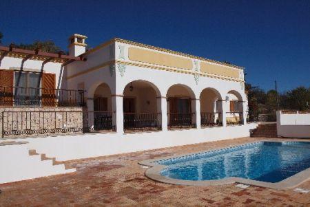 Image 6, 3 Bedroomed Villa : LV3435
