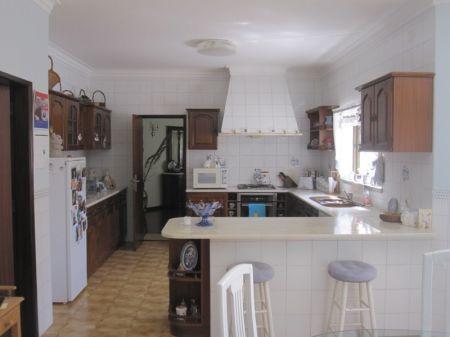 Image 5, 4 Bedroomed Villa : AV1174