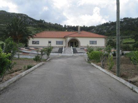 Image 8, 4 Bedroomed Villa : AV1174