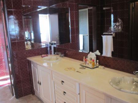 Image 14, 4 Bedroomed Villa : AV1174