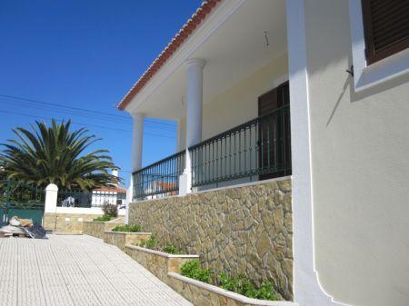 Image 2, 3 Bedroomed Villa : AV1167