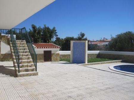Image 3, 3 Bedroomed Villa : AV1167
