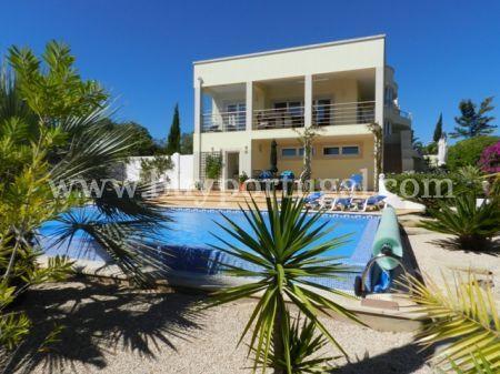 Image 2, 4 Bedroomed Villa : GV309