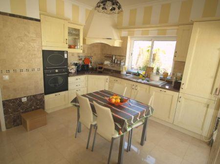 Image 3, 3 Bedroomed Villa : DV5407