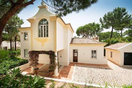 Image 1, 3 Bedroomed Villa : DV5032
