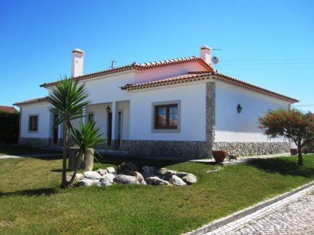 Image 1, 4 Bedroomed Villa : AV1218