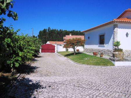 Image 4, 4 Bedroomed Villa : AV1218