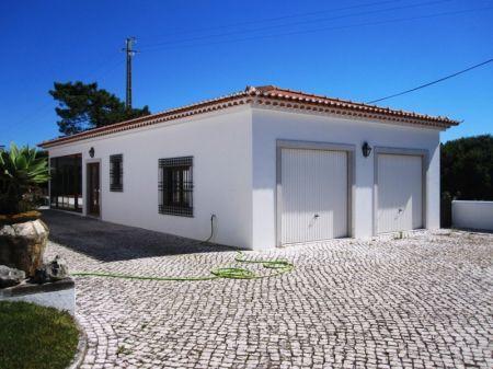 Image 9, 4 Bedroomed Villa : AV1218