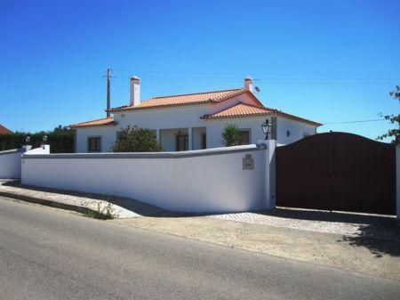 Image 23, 4 Bedroomed Villa : AV1218