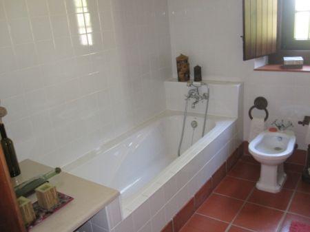 Image 8, 2 Bedroomed Villa : AV1205