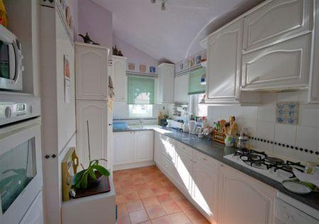 Image 3, 2 Bedroomed Apartment : DA1471